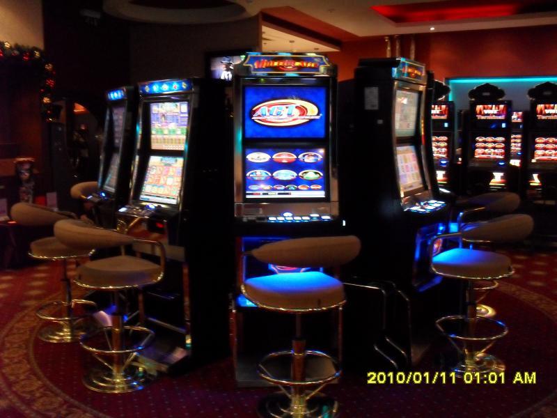 играть в казино в гаминаторы бесплатно